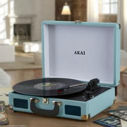 Akai A60011NB Bluetooth Rechargeable Turntable and Case Blue