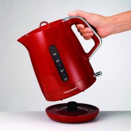 Morphy Richards 101205 Chroma 1.5l 3000W Rapid Boil Jug Kettle Red