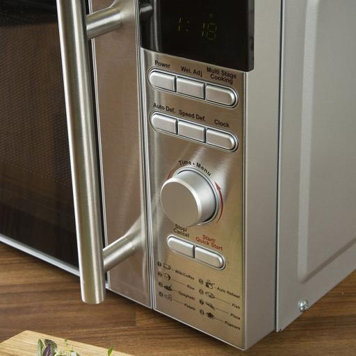 Akai A24003 Stainless Steel Digital Microwave 6 Power Levels 800W Silver